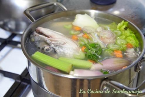 como hacer fumet de pescado